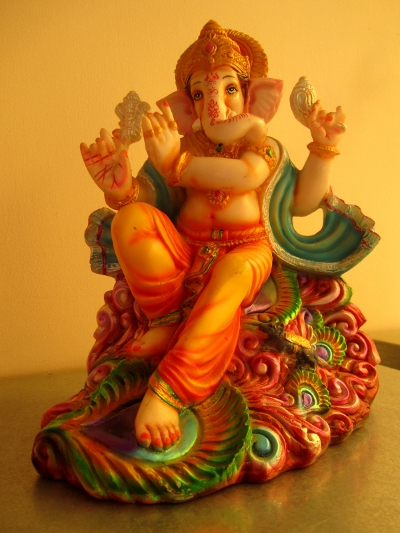 Madam - dusted Ganesha as it should be!